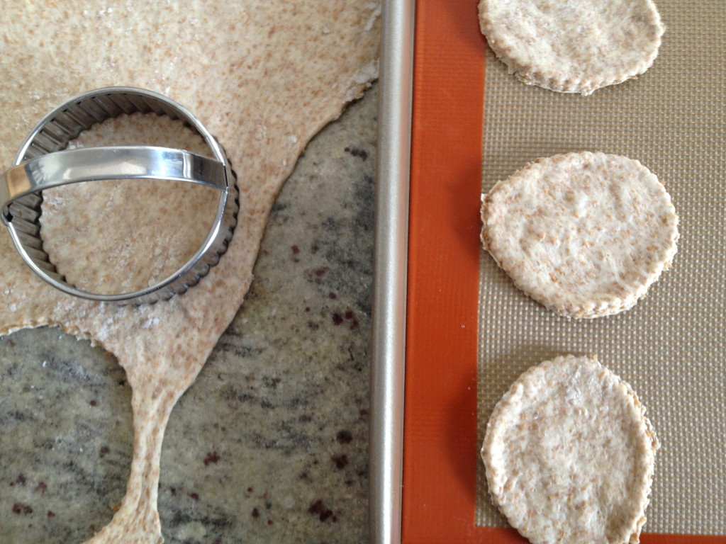 I used a biscuit cutter to make the circles of dough