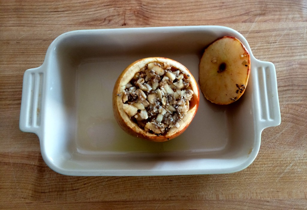 Vegan Baked Apple with Oatmeal