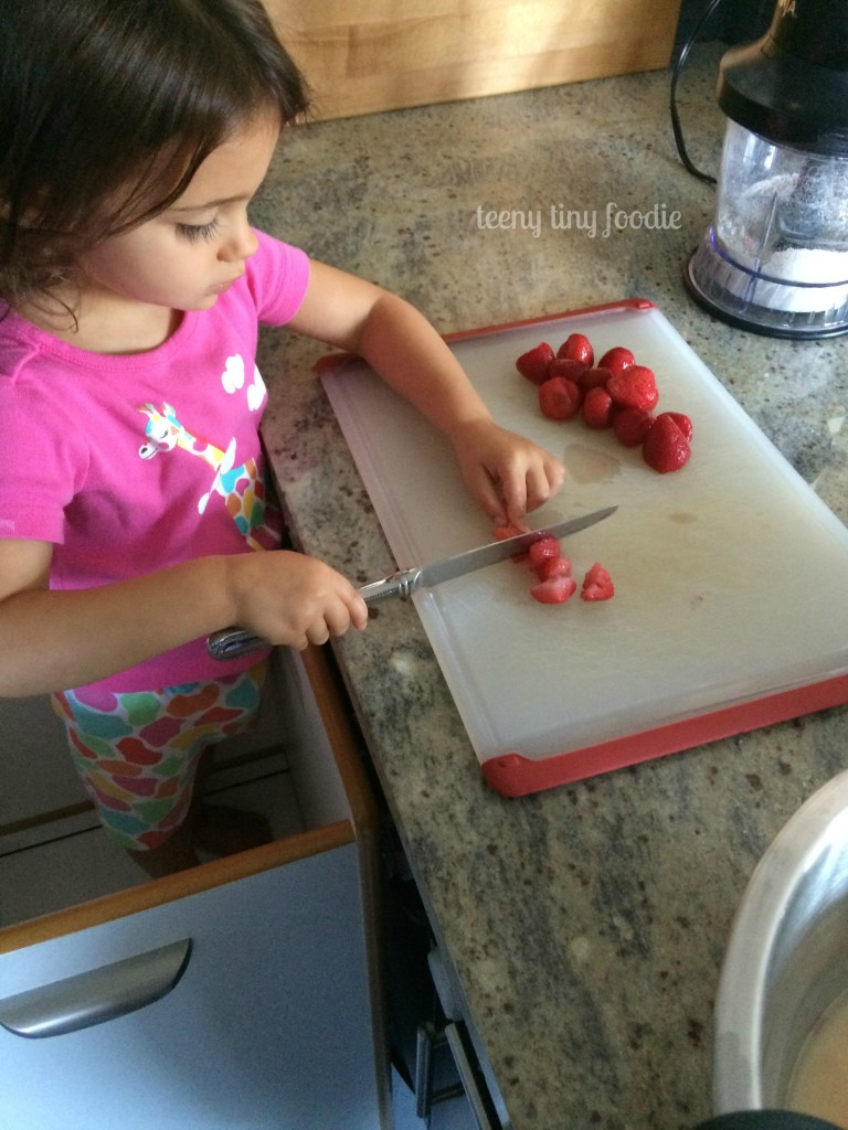 Working on knife skills with my toddler from teeny tiny foodie