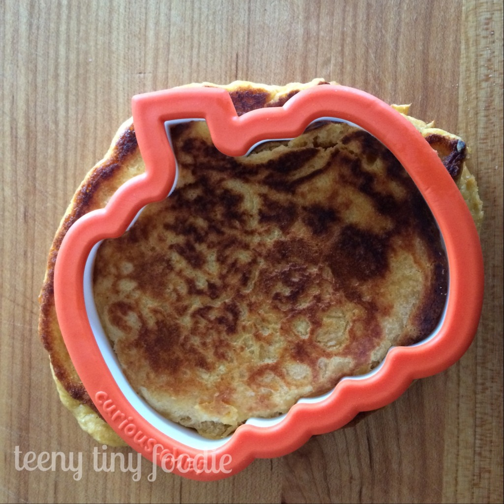 "Place the cookie cutter on the ""uglier"" side of the pancake. Spooky Pancakes from teeny tiny foodie . A fun #Halloween treat!"