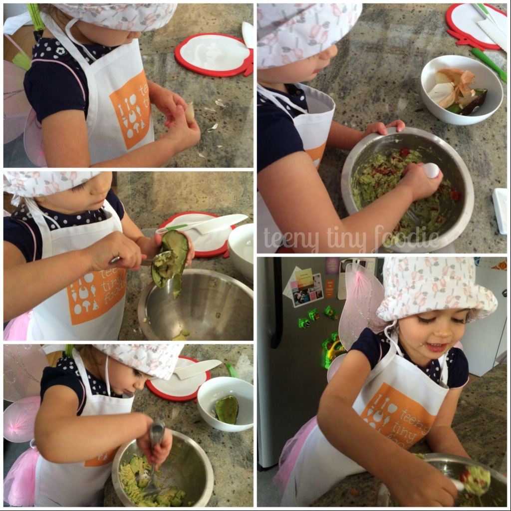 Homemade #guacamole is a #healthy and #delicious snack that kids can help make. It's so tasty they won't even realize they are eating their vegetables! recipe from teeny tiny foodie #kidsinthekitchen #KidsCookMonday