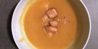 Super Easy Squash Soup is a tasty #vegan meal!