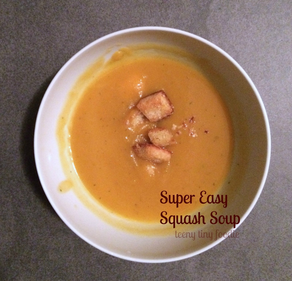 Super Easy Squash #Soup from teeny tiny foodie is a delicious #vegan meal to keep you warm this winter.