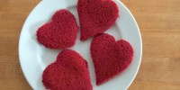 Pink Pancakes from teeny tiny foodie are a #naturally dyed #chemicalfree treat you can make for #Valentine's Day or any time you want a tasty pink treat!