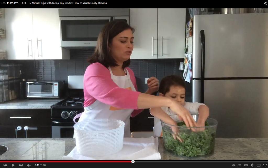 2 Minute Tips with teeny tiny foodie: Leafy Greens answers your questions such as how to store and wash leafy greens and how to massage #kale. Visit our YouTube channel to watch the videos and visit teenytinyfoodie.com for recipe inspiration. #2minutetips #cookinghowtos #kitchentips #cookingwithkids #toddlerscancook #KidsCookMonday #kidsinthekitchen #vegetarian #vegan