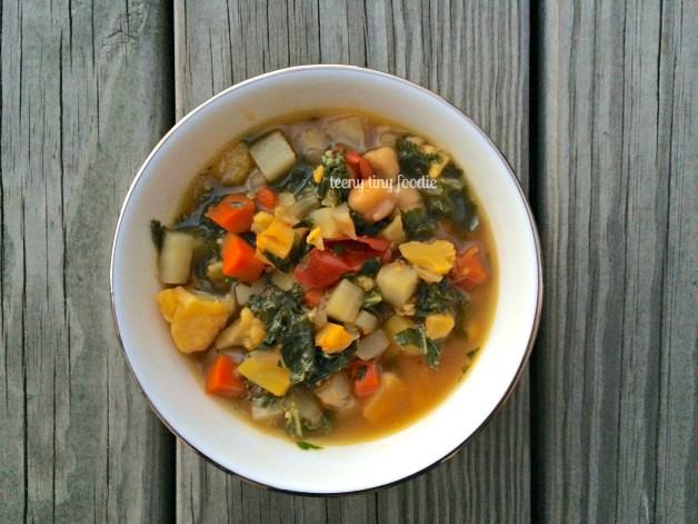 Very Veggie Soup from teeny tiny foodie is an easy and delicious #vegan soup to add to your #Thanksgiving table. #teenytinyfoodie #plantbased #vegetarian
