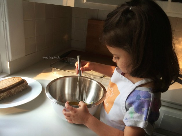 I'm sharing the evolution of Eliana and I cooking together and 5 recipes we love to cook for October #Unprocessed.